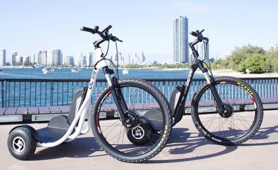 把平衡车与自行车整合在一起 玩