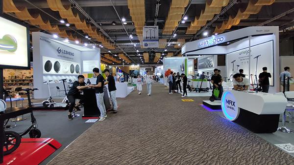 香港展会.JPG